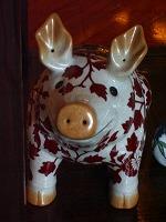 菜香新館においてあった豚の置物